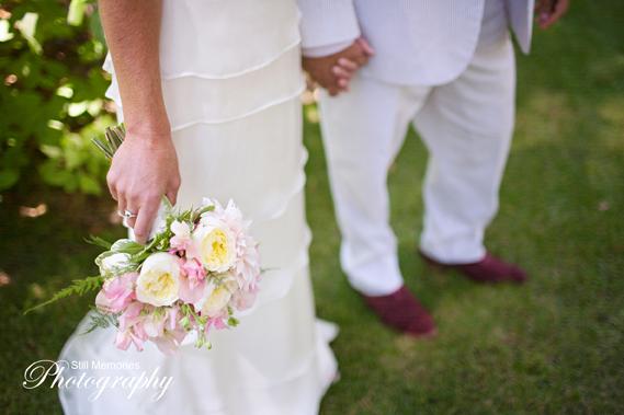 Arnold-Black-bear-inn-wedding-photographer-17