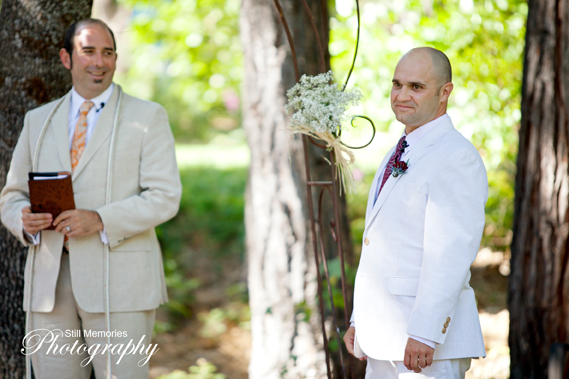 Arnold-Black-bear-inn-wedding-photographer-25