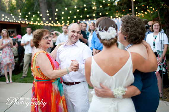 Arnold-Black-bear-inn-wedding-photographer-50